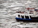 La traversée du fleuve aux glaces vives