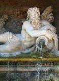 La fontaine à Chantilly