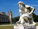 Chantilly,  la statue du parc