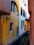 Annecy,  le canal ruelle