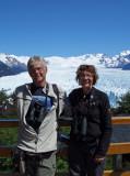 12 Posing with Annika at Glaciar Perito Moreno Argentina 20101110.jpg