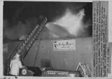 011670  Heilig Myers store fire.jpg