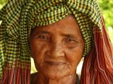 Old woman near Battambang.jpg