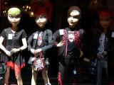 Window dolls