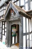 Door detail on 1621 house.