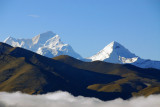 Chomo Lonzo 7780m and Makalu 8463m (27,765 ft) both on the left, with an unknown peak on the right, seen from Pang-la Pass