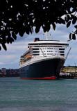 Queen Mary 2 at Garden Island, Sydney