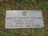 MOMM3 US NAVY World War II Aug 22, 1918 Mar 23, 1983