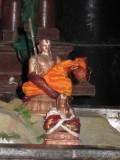 Acharyan Sichan aaruyirai penumavan-Mamunigal and Koil Annan.jpg