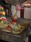 Mamunigal and Koil Annan-Sahasradarai Thirumanjana avasaram.jpg