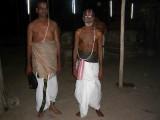 SRI NARYANAN AND SRI VARADARAJAN SVAMIGAL IN GOSHTI