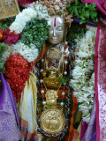 Maamunigal with Divyadesa Bahumaanam-close up.JPG
