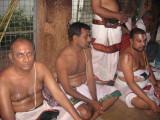 adiyEan, TiruchErai Narayanan svami and Sri PB Rajahamsam svami chanting angaN gnAlam anja and ThAyEA at JwAla Narasimhan