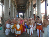 14-HH returning to the mutt after mangalasasanam5 (Large).JPG
