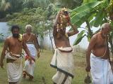thirumanjana theertham on pradakshiNam