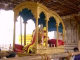 Thirukkachi Nambigal in Mena Pallakku Vahanam.JPG