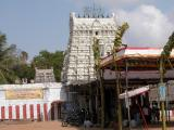 Thirukkadalmallai-Stalasyanapperumal kovil gopuram.JPG