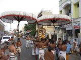 ThiruvAdipooram-Andal during Veedhi purappadu in south Mada street.JPG