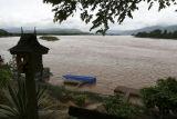Mekong River at Golden Triangle.jpg