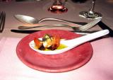 A pre serving, a mini-brochette