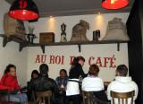 A very busy café