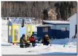 Pêche blanche sur le Saguenay gelé