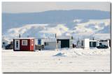 Cabanes: Pêche blanche sur le Saguenay gelé