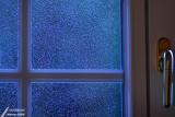Rain on the window / Pluie sur la fenêtre