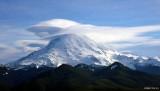 Severe wind over Mt Rainier