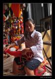 9123 Hoi An, lantern making lady