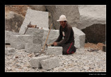 949 090308 Qui Nhon, working with stone
