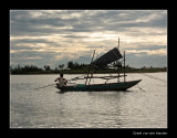 8983 Vietnam, fisherman in eveninglight