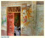 Living around Luxor