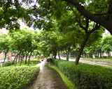 Park in the center of Tun Hwa South Road