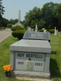 The first grave as you enter the cemetery is that of Roy Bertelli, Mr. Accordian. The Lincoln Tomb is in the background.
