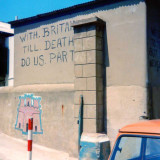 Gibraltar_02.jpg Political graffiti on houses - Gibraltar - © A Santillo 1979