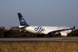 GARUDA INDONESIA AIRBUS A330 300 PER RF 5K5A0108.jpg