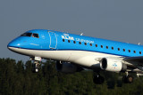 KLM CITY HOPPER EMBRAER 175 AMS RF 5K5A0286.jpg