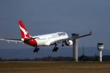 QANTS AIRBUS A330 200 MEL RF 5K5A3560.jpg