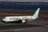 AIR DO BOEING 767 300 HND F 5K5A4045.jpg