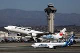 JAPAN AIRLINES BOEING 777 300ER LAX RF 5K5A4598.jpg