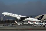 EVA AIR BOEING 777 300ER LAX RF 5K5A4558.jpg