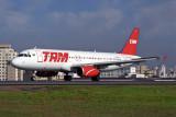 TAM AIRBUS A320 CGH RF 1729 34.jpg