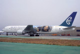 AIR NEW ZEALAND BOEING 767 300 LAX RF 1751 12.jpg