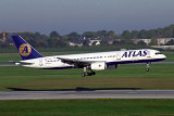ATLAS INTERNATIONAL BOEING 757 200 DUS RF 1768 18.jpg
