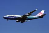 CHINA AIRLINES BOEING 747 400 NRT RF 1924 34.jpg