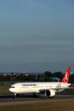 TURKISH_AIRLINES_BOEING_777_300ER_IST_RF_5K5A0910.jpg