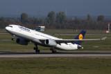 LUFTHANSA_AIRBUS_A330_300_DUS_RF_5K5A5127.jpg