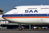 SOUTH AFRICAN BOEING 747 300 JNB RF 1059 5.jpg