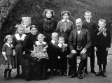 1913 - German farming family